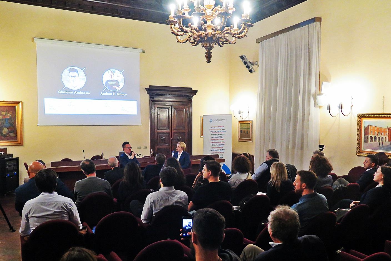 Forlì: Camera di Commercio piena per l'incontro di Startup  Grind